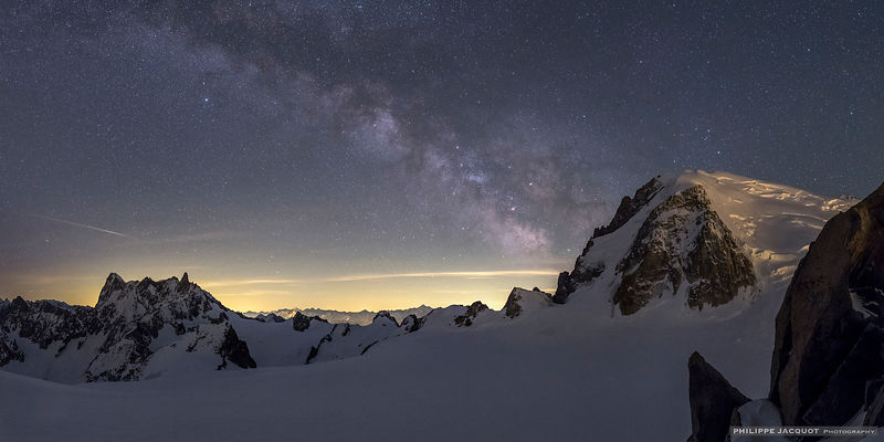 A galaxy for the Tacul - Chamonix Mont-Blanc