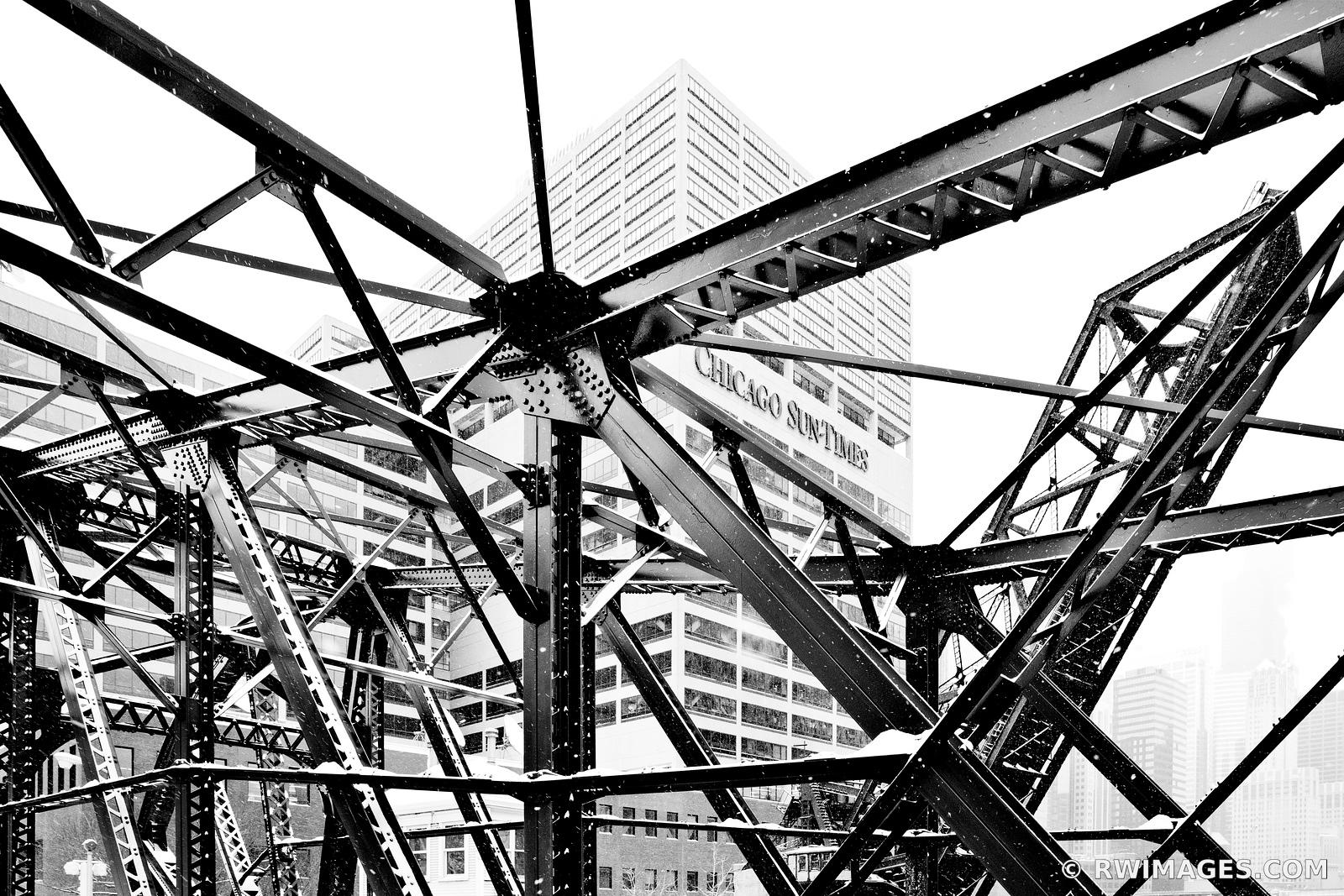 CHICAGO SUNTIMES BUILDING KINZIE BRIDGE WINTER DAY HEAVY SNOWFALL CHICAGO BLACK AND WHITE