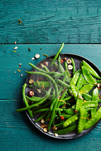 Green bean salad with hazelnuts and orange zest