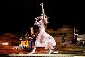 Florence_and_the_Machine-2682