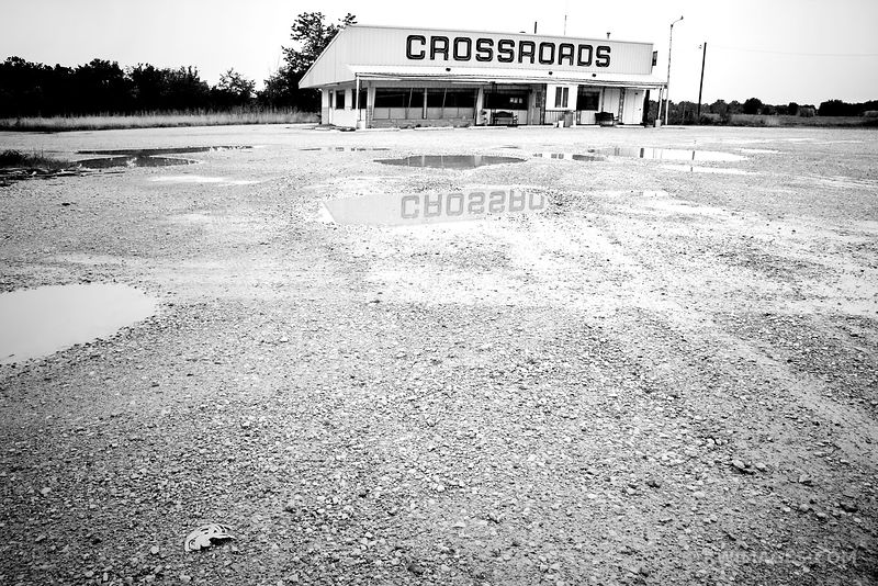 CROSSROADS ROUTE 66 ILLINOIS BLACK AND WHITE