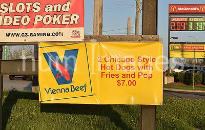 Vienna Beef sign advertising Chicago style hotdogs