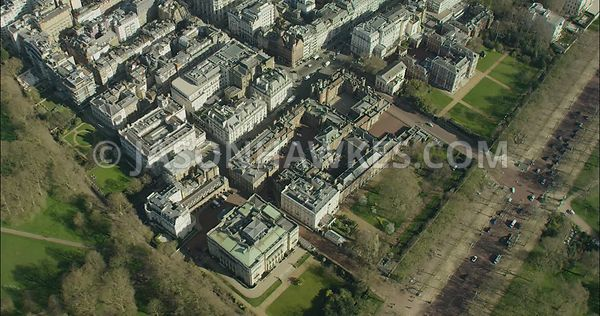 London Aerial Footage of The Mall towards Admiralty Arch.
