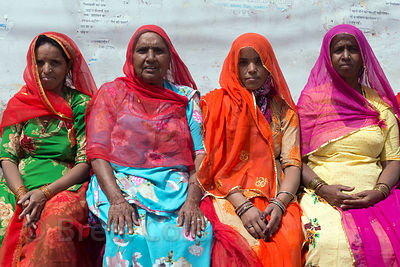 Ladies in saris, Pushkar, Rajasthan, India