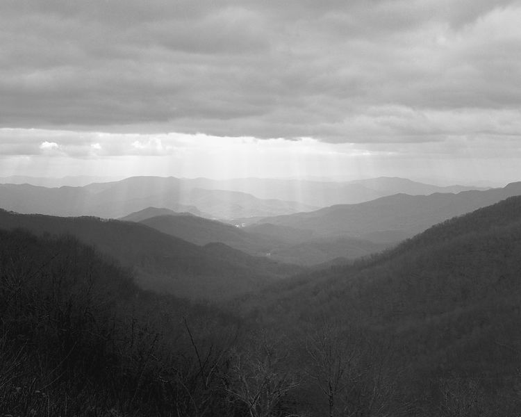 036-Blue_Ridge_D145205_Blue_Ridge_In_Early_Spring_-_Rays_Above_Mountains_002_Preview