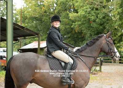 2017-10-01 KSB Benbow Stables Hound Exercise