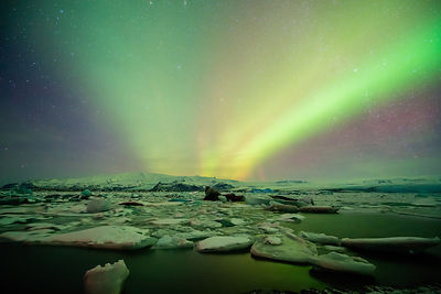 Ice and Aurora-9945
