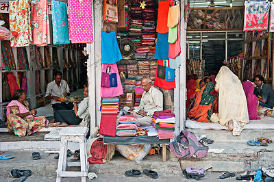 An everyday scene at any Indian market. This image was shot in Udaipur