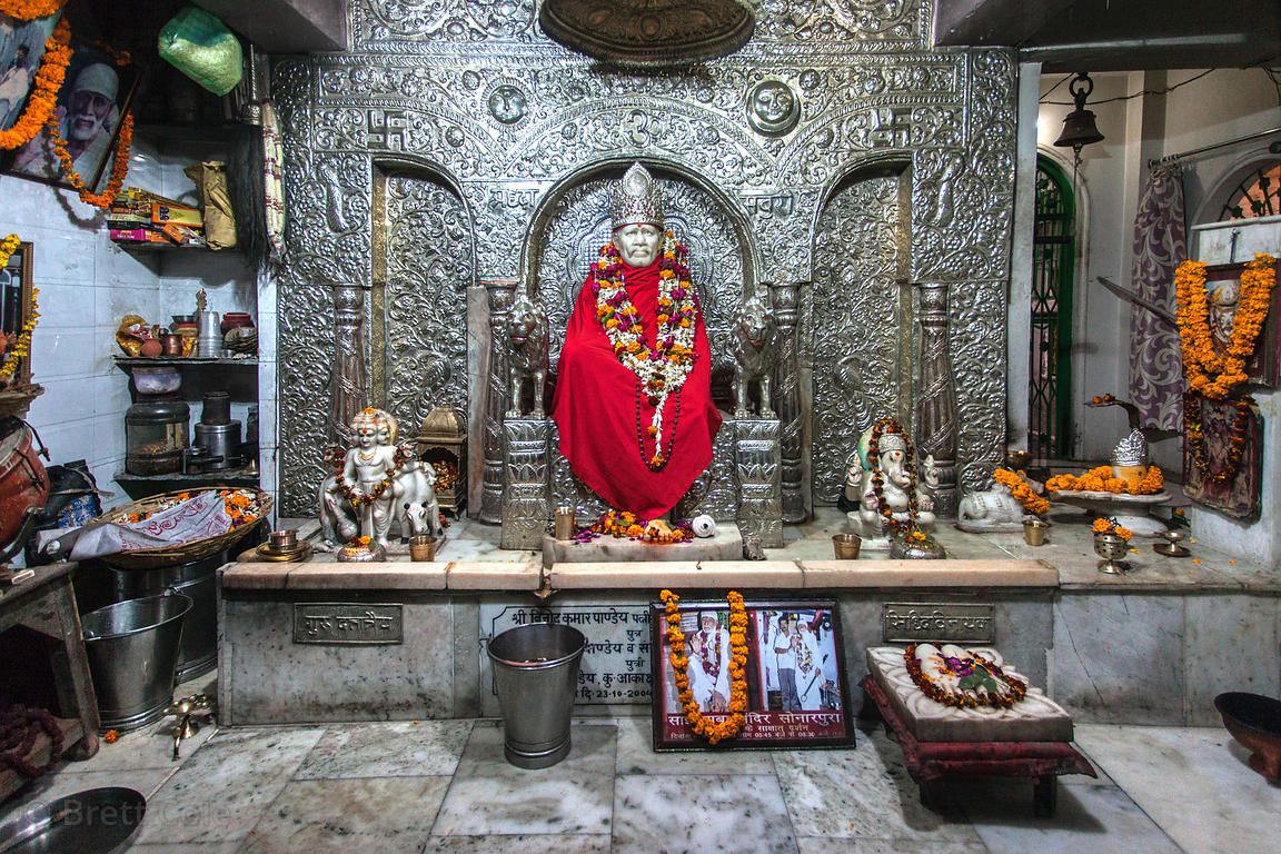 Idol of Sai Baba at a temple in Varanasi, India.