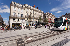 Photo du tramway place du ralliement