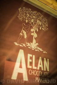Aelan Chocolate Makers, Efate