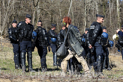 © Sebastien LAPEYRERE / Olynea photos ;Lisle sur Tarn France March 6th, 2015 Evacuation and expulsion of opponents Sivens dam...