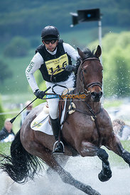 Bill Levett (AUS) & Athleet V