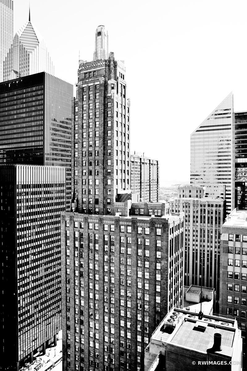 CARBIDE AND CARBON BUILDING CHICAGO BLACK AND WHITE