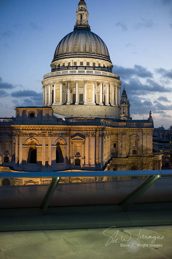 St Paul's Cathedral at dusk - London, United Kingdom