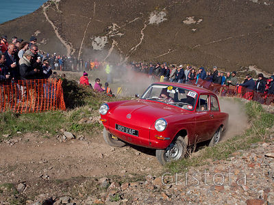 a VW Notchback reaches the top of the steep climb up the Blue Hills section of the MCC Land's End Trials