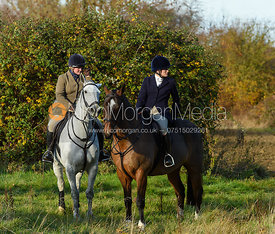 Rebecca Vernon, Lady Violet Manners near Denton. The Belvoir Hunt at the Kennels 13/11