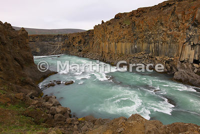 Skjalfandafljot river with basalt columns, just below Aldeyjarfoss, Icelandic Interior