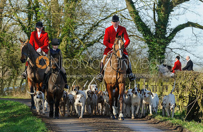 The Quorn Hunt at Cream Gorse Farm 19/2 photos