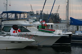 decorated_holiday_boats