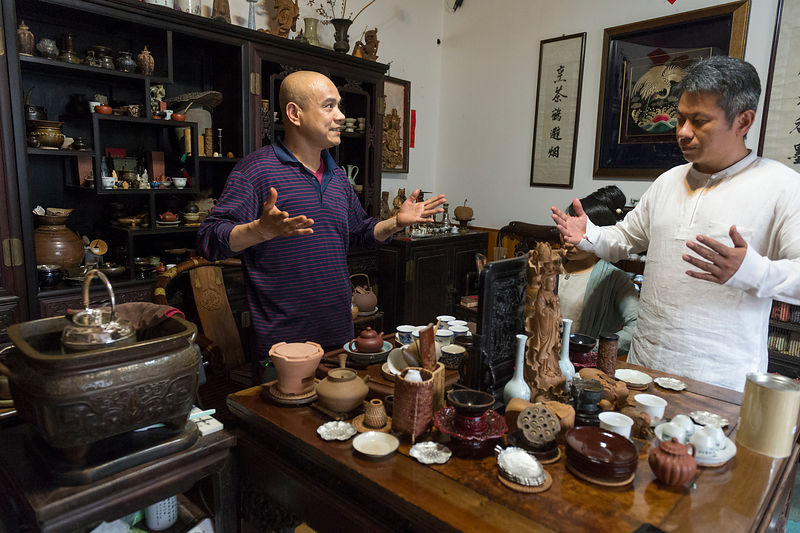 Tea collector and maker Cao Hong Fang.
