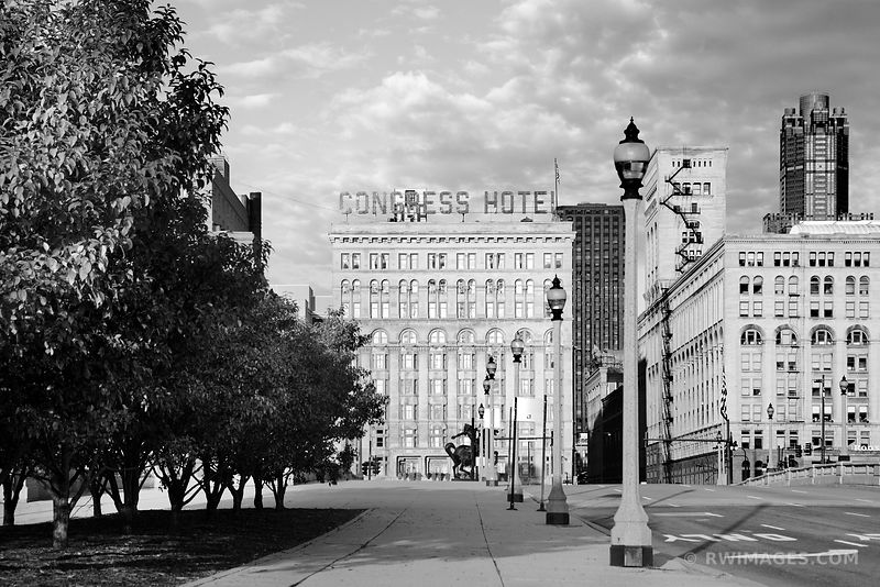 CONGRESS HOTEL MICHIGAN AVENUE DOWNTOWN CHICAGO BLACK AND WHITE