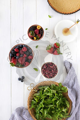 Ingredients for Summer Berry Tart