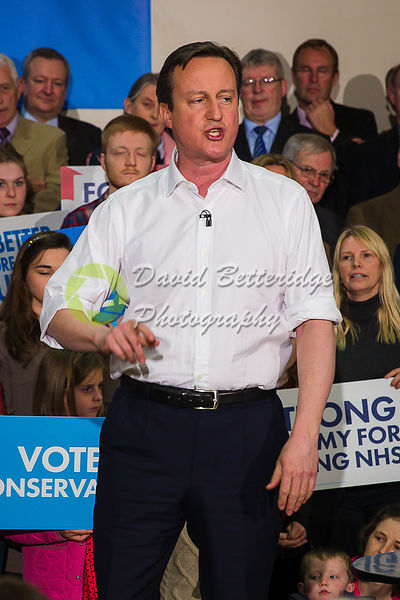 David_Cameron_in_Corsham_-53