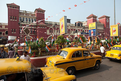 Taxis at Howrah Station, the largest railway station in Kolkata, India. It's located across the Hooghly River in Howrah, sist...