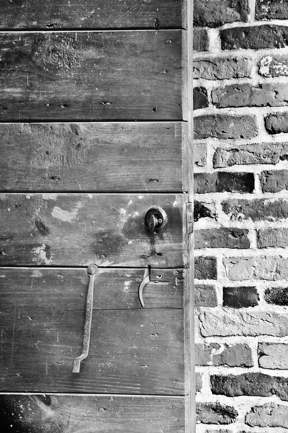 OLD HOUSE DOOR HISTORIC SANDWICH MASSACHUSETTS CAPE COD BLACK AND WHITE