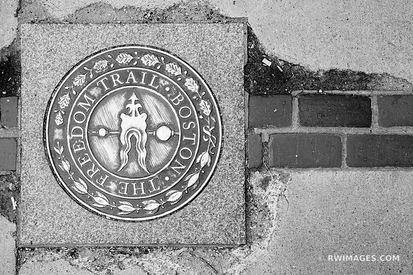 FREEDOM TRAIL BOSTON NORTH END BLACK AND WHITE