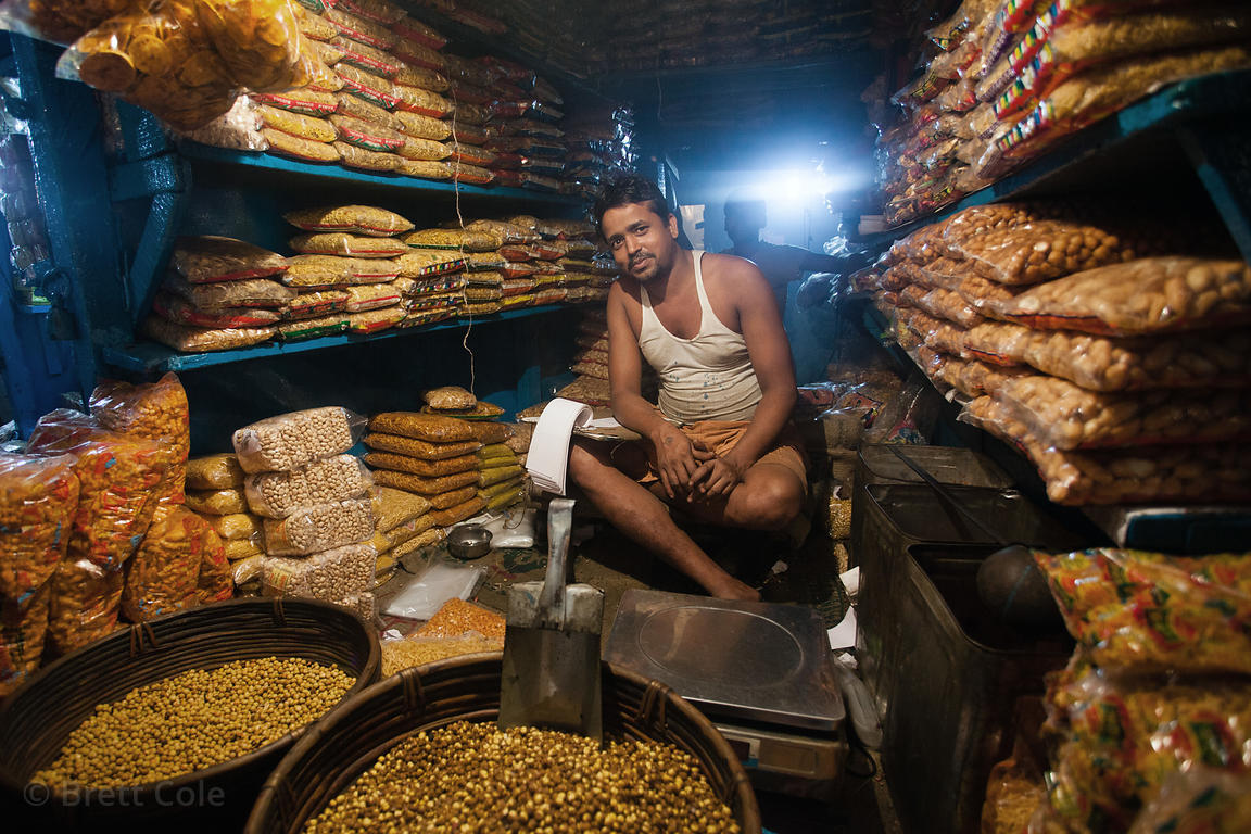 Dry goods for sale at the Kole wholesale vegetable market, Bowbazar, Kolkata, India. Kole is one of the largest veg markets i...