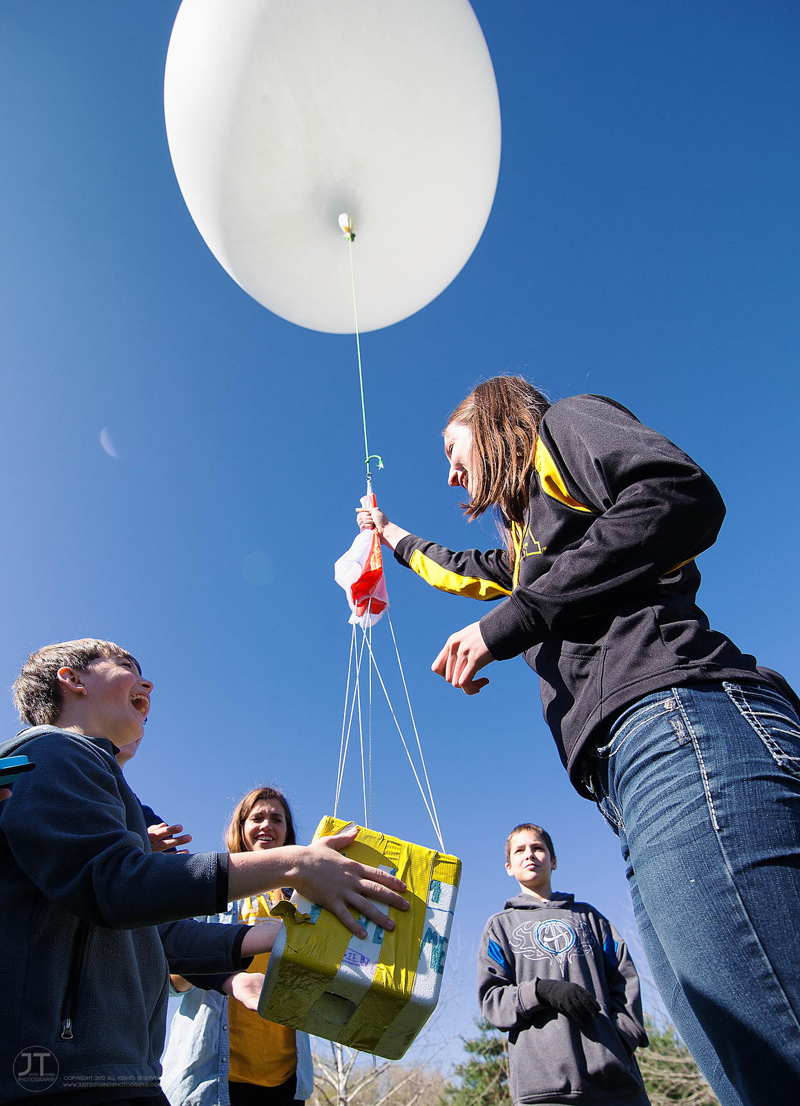Gazette - Weather Balloon Launch, April 25, 2014