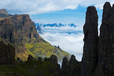 Misty morning in the Drakensberg viewed from behind the Organ Pipes. Cathedral Peak Region, Drakensberg, South Africa. Novemb...
