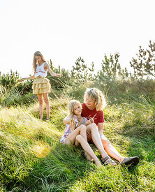 Danish mother and daughters in the dunes in Klitmøller 2
