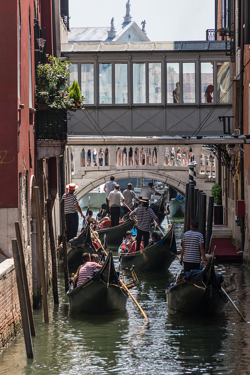 Rush_Hour_in_Venice