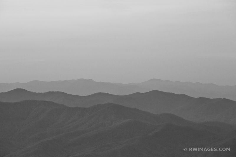 SMOKY MOUNTAINS BLACK AND WHITE