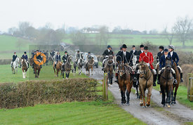 Ian Hendrie, Michael Dungworth, Nicky Hanbury - The Belvoir Hunt at Sheepwash 31/12