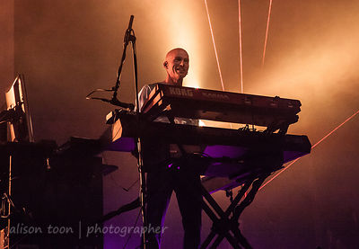 Mark Kelly, keyboards, Sunday of the Marillion UK weekend, 2013, Wolverhampton