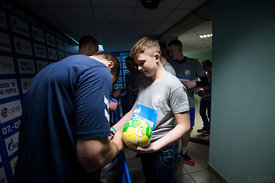 An autograph during the Final Tournament - Final Four - SEHA - Gazprom league, Kids day in Brest, Belarus, 08.04.2017, Mandat...
