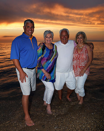 Sproles_Family_Beach_crop_nik_crop2_0276