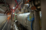 Superconducting magnet  in Large Hadron Collider
