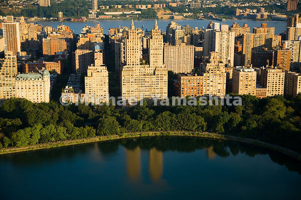 Located at what was once the far-reaches of Manhattan at West 90th St, and Central Park West, the twin-towered El Dorado has ...