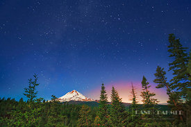 Mountain impression Mount Hood and milky way - North America, USA, Oregon, Hood River, Mount Hood, east of (Cascade Range, Mo...