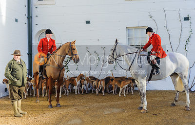 Huntsman John Holliday, Whip George Pierce and the Belvoir hounds