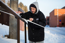 _M3_6320-candide_1.0__estonia__estonie__etienne_merel__faction_skis__freeski__freestyle__handrail__rail__ski__skiing__street_...