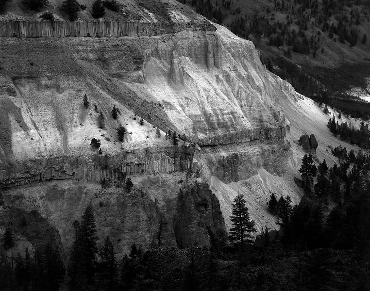 042-WL13021_Yellowstone_Canyon_Cliff_Detail_Preview