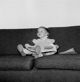 Me_on_couch_reading