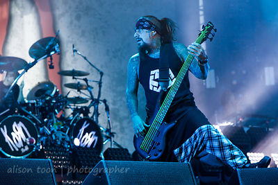 Reginald Arvizu, bass, Korn