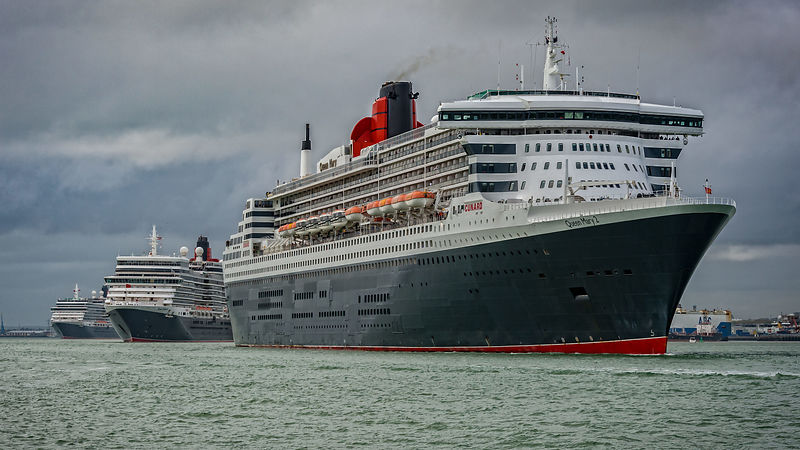 Cunard Three Queens Leaving Southampton Port